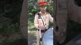 CSGT Gia Lai, nói dân không có quyền xem chuyên đề, không cho xem hình ảnh trên bằng súng bắn tốc độ