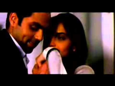 Sonam kapoor hot kiss by monir