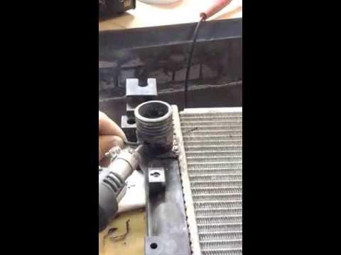 Ремонт штуцера радиатора охлаждения