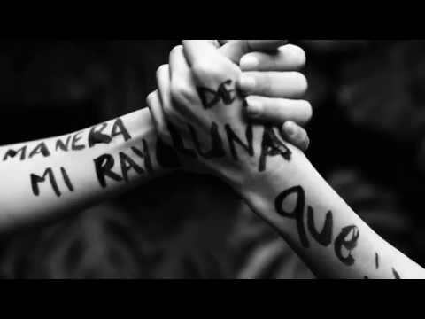 Natalia Lafourcade - Hasta la Raíz  (Lyric Video)