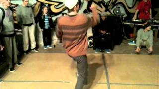 Valusha(P.L.U.R,/MAD STATE) vs .... Urban Dance 2012 Africa hip-hop 1/4