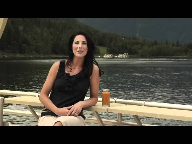 Waterway Houseboats - Shuswap Lake, British Columbia