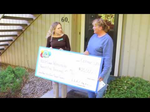 Linda Whitebread $25,000 - Don't Toss Your Second-Chance - We Prize Surprised Linda W. at home with $25,000!
