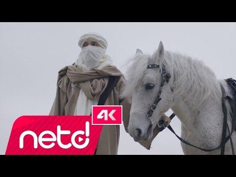 Mabel Matiz - Mendilimde Kırmızım Var feat. Sibel Gürsoy