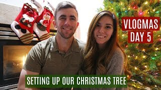 SETTING UP OUR CHRISTMAS TREE // VLOGMAS DAY 5