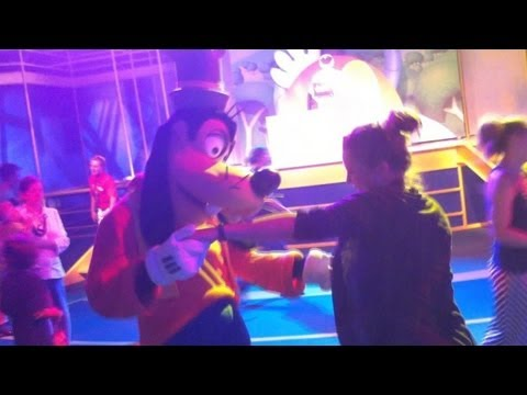 disney junior dance party during extra magic hours at