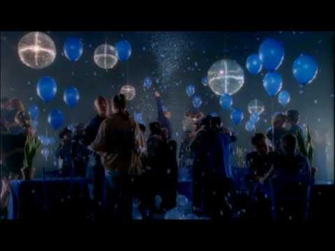 Officiële videoclip 'Paul de Leeuw - Ik heb je lief'