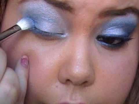 MAC CornFlower Makeup Tutorial Video