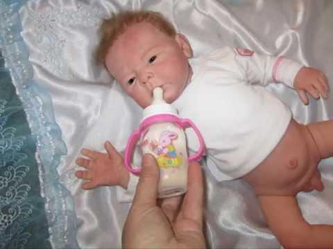 Как одеть куклу видео