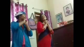 বাংলাদেশী মাথা নষ্ট করা গরম নাচ (BD university girls hot dance in home)