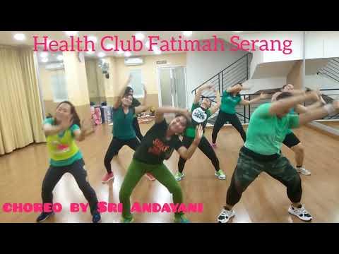 """Dangdut """"Gak Mau Pulang Maunya Digoyang"""" (Iva Lola) Dance Fitness And Fun Choreo By Sri Andayani"""