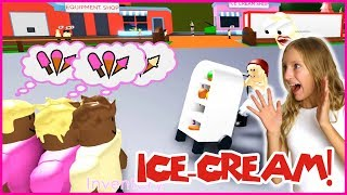 SELLING ICE CREAM!!!