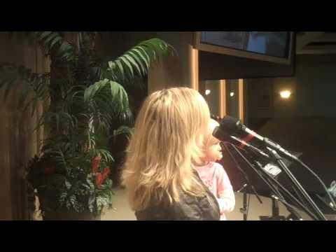Nicol Sponberg -