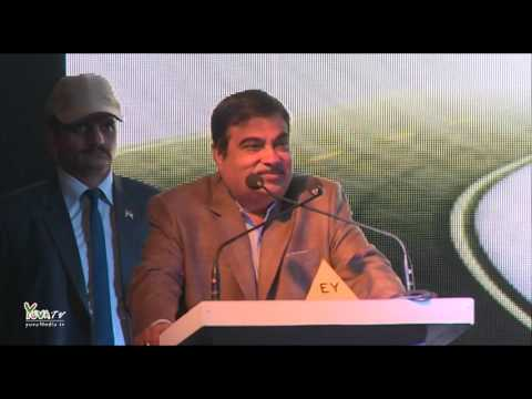 Shri Nitin Gadkari addresses the SRCC Business Conclave 2016 at Shri Ram College of Commerce.