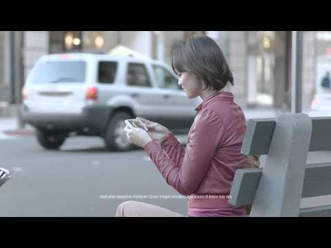 "Samsung ""The Next Big Thing"" ad parodies an iPhone line"