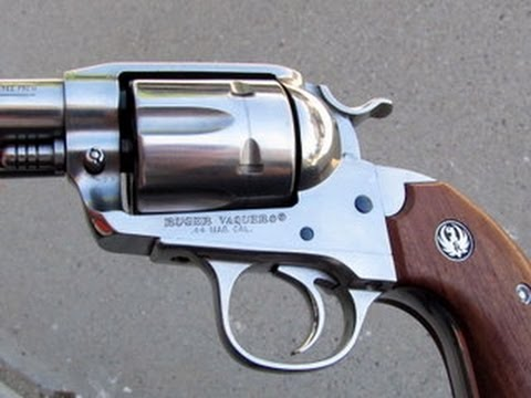 Ruger Bisley Vaquero - Can You Handle A  .44 Magnum One-Handed?