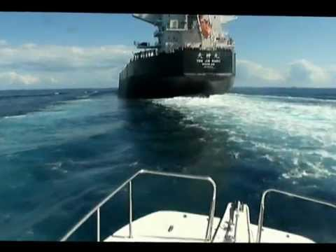 Overtaking Large Cargo Ship, Up close!!