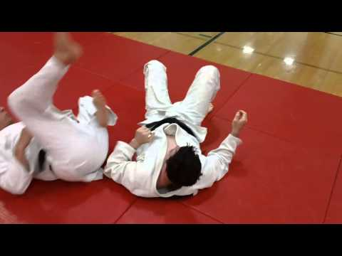 Rolling Straight Leglock from Sambo Image 1