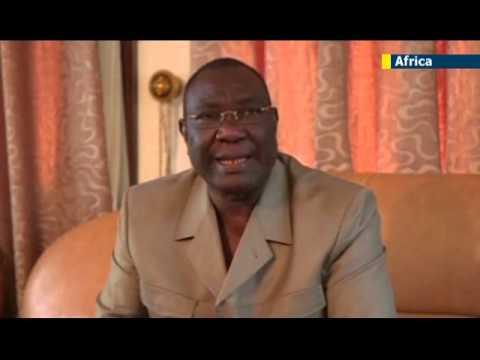 Muslims flee CAR capital Bangui amid religious violence: vast truck convoy heads for Chad