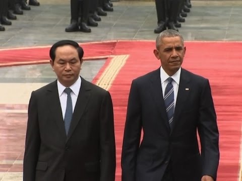 Raw: Vietnam Welcomes President Obama