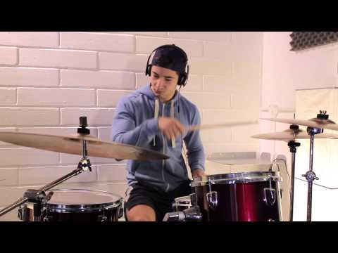 Tom - Taylor Swift - 22 Drum Cover video