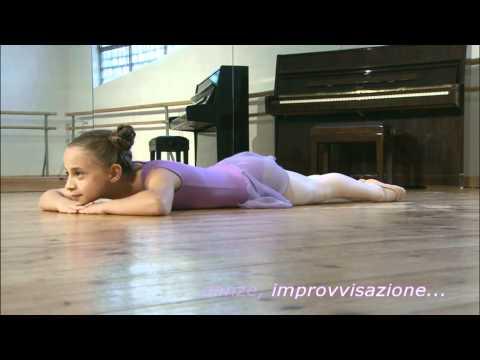 Lezioni di danza classica per bambini in video