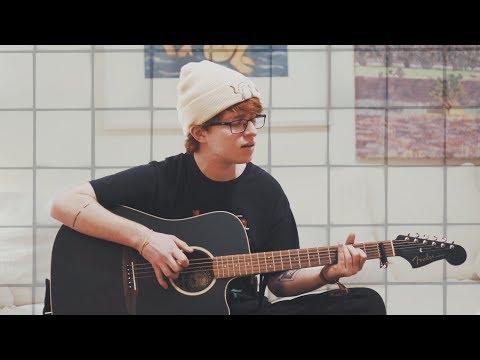 Joji – Slow Dancing in the Dark (Cover) MP3