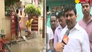 Heavy Rain Lashes In Vijayawada - Roads Filled With Flood Water -- బెజవాడ బండారం - netivaarthalu.com