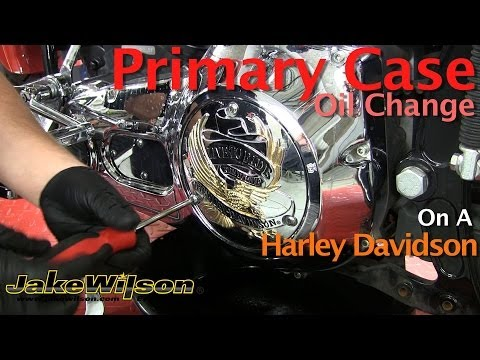 Harley Davidson Primary Case Oil Change & Primary Chain Adjustment klip izle