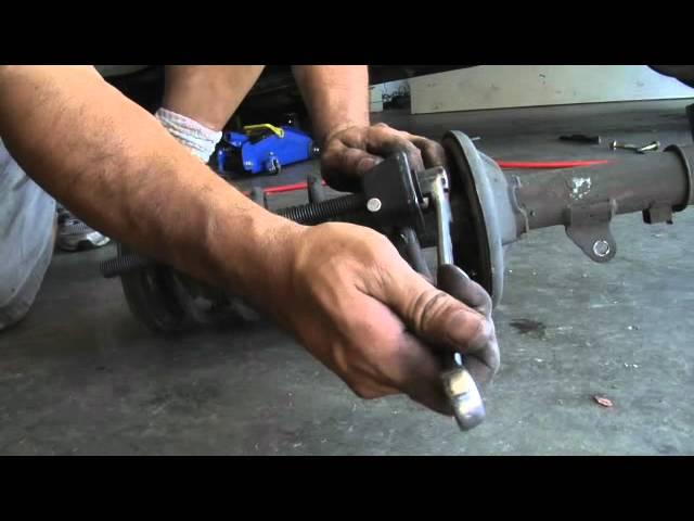 2004 Hyundai Elantra rear struts replacement - YouTube