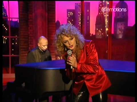 Bonnie Tyler - Bridge Over Troubled Water