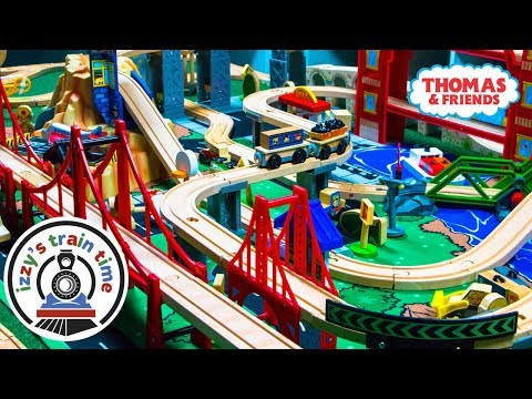 Toys for Kids | Thomas and Friends KidKraft Metropolis Playset | Fun Toy Trains for Children!