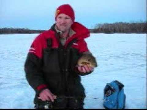 Ice Fishing For Big Bluegill and Big Crappie