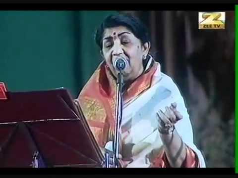 Lata Mangeshkar - Dil To Pagal Hai - YouTube.FLV