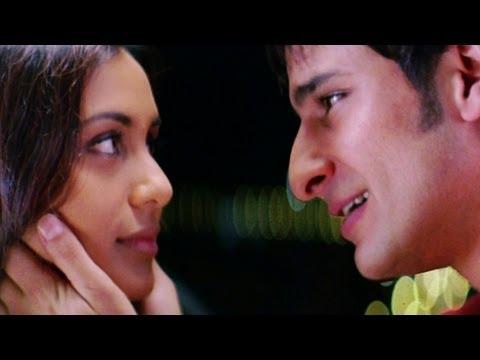 Karan The Matchmaker For Rhea - Scene - Hum Tum