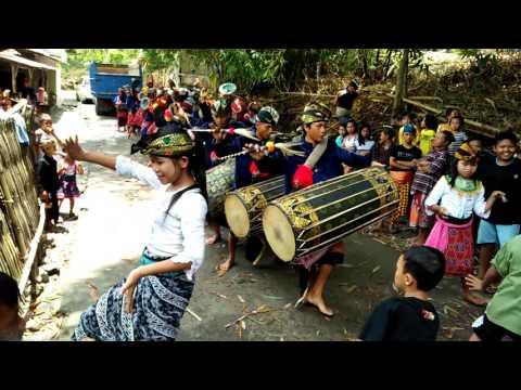 Gendang beleq ( Lombok musik)