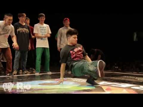 Massive Monkees vs Jinjo Crew   R16 crew semi final battle 2012   YAK FILMS