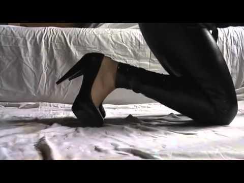 Black lack pumps sexy high heels