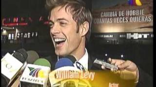 COMPARAN A WILLIAM CON BRAD PITT TV AZTECA