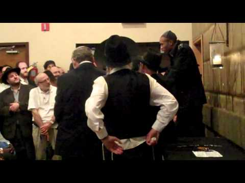 SHAWN-BROTHER IN LAW OF YOSEF ROBINSON SPEAKING AT HIS FUNERAL- PART 6 -SG VIDEOS Video