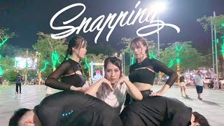 """[KPOP IN PUBLIC] 청하 (CHUNG HA) - """"Snapping"""" - SOUNDWAVE DANCE COVER IN VIETNAM"""