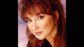 Watch Pam Tillis Mandolin Rain video