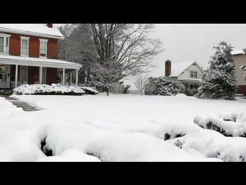 Winter snow storm hits US east coast