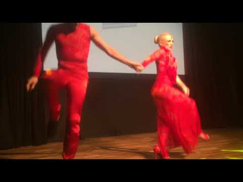 DIZC2014 Leticia and Daniel in performance ~ video by Zouk Soul