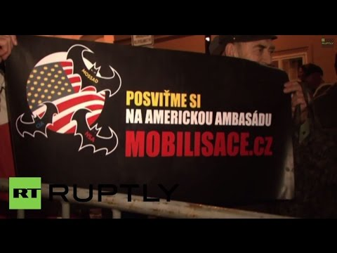 Czech Republic: No Maidan here! Protesters besiege US embassy