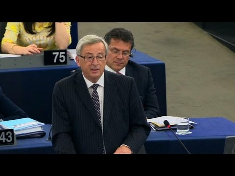 Juncker wins EU endorsement, calls for investment plan