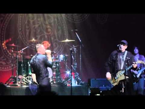 Surrender - Stone Temple Pilots with Rick Nielsen of Cheap Trick - Vic Theatre Chicago - 2012-09-04