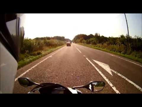 2013 Honda CBR1000RR Fireblade HRC Review / First Ride