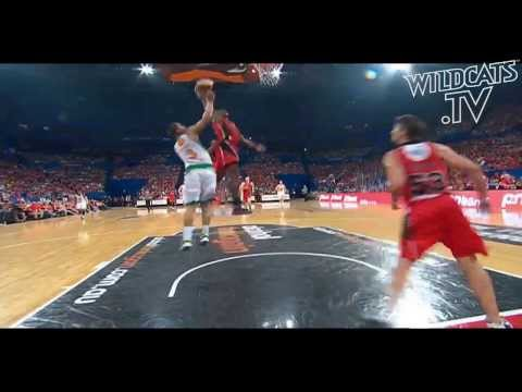Wildcats Rapid Replay - Jermaine Beal Slam Dunk! video