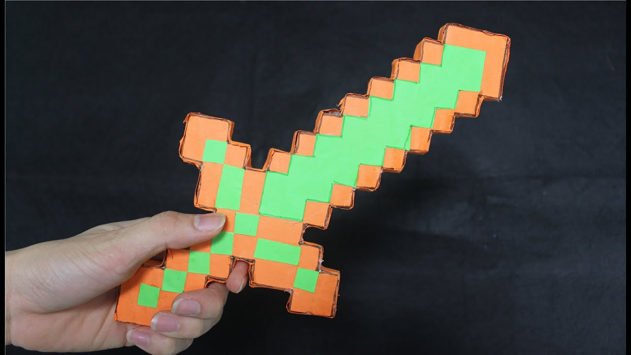 Как сделать алмазный меч на бумаге